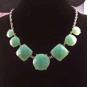 """Jewelry - Green Faceted Stone 20"""" Silver Necklace"""